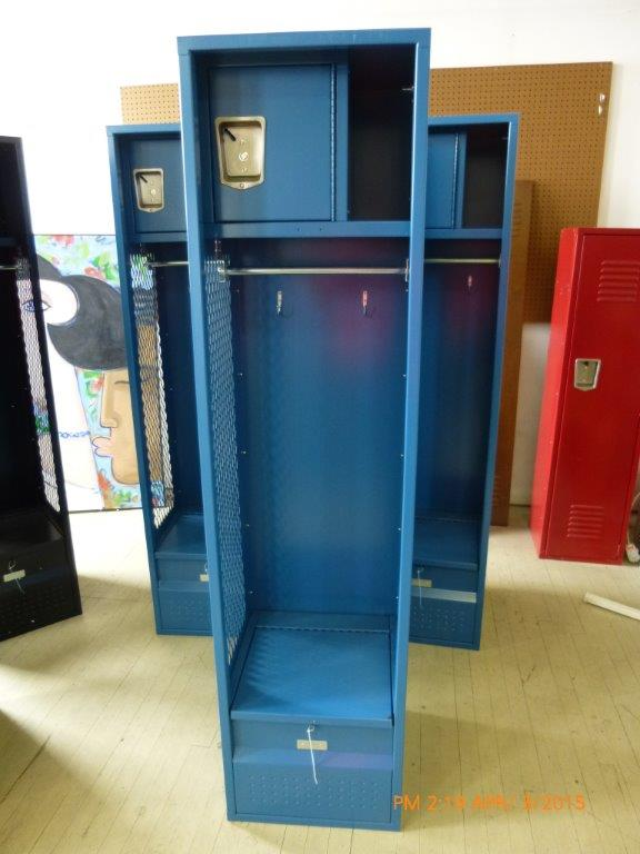 **** OVERSTOCK SPECIAL *** Athletic Locker, Security Box & Foot Locker-653